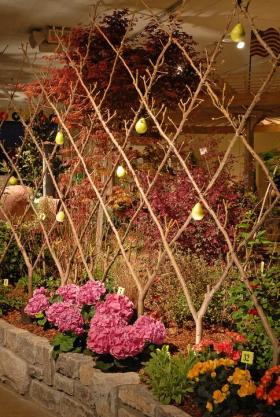 This image features a garden from a previous Nashville Lawn and Garden show booth with our outdoor lighting.