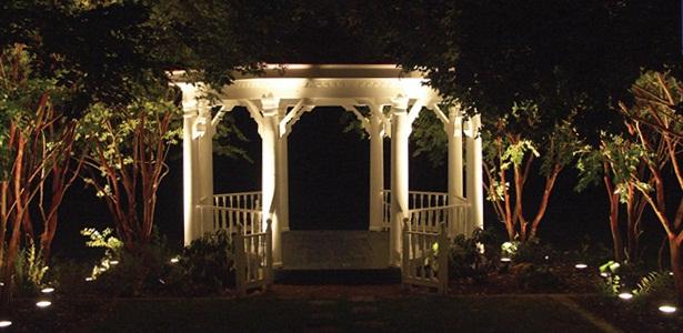 Nashville professional landscape and garden lighting