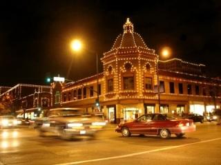 Roofline lights are still popular among commercial customers in Nashville