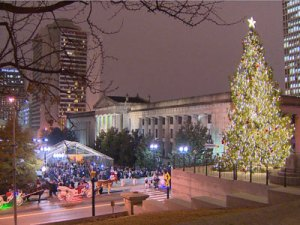 Christmas tree lighting in the Capital Nashville TN