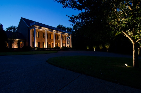 Beautiful outdoor lighting designs in Belle Meade, Nashville TN by Outdoor Lighting Perspectives of Nashville