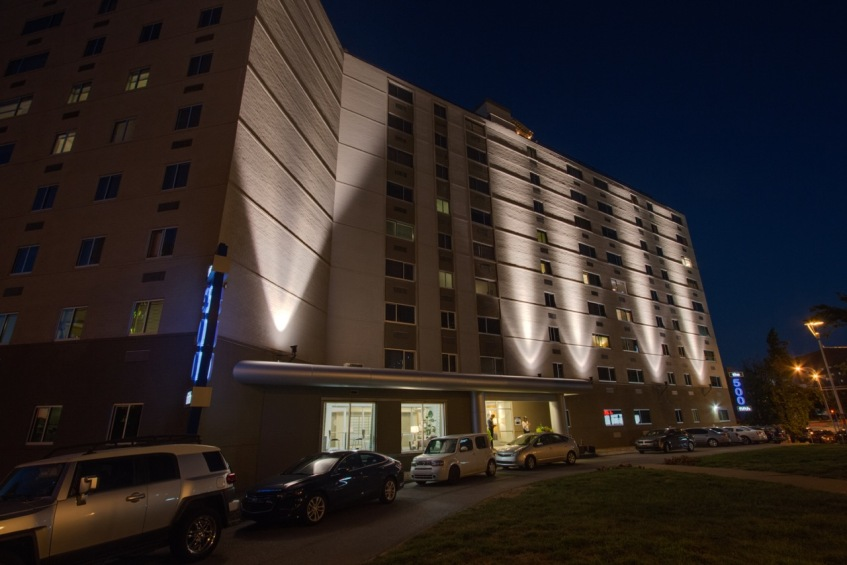 Nahsville Upscale Apartment Outdoor Lighting