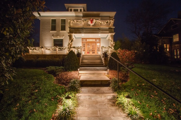 Nashville Holiday Outdoor Lighting